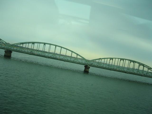 大河悠々.JPG