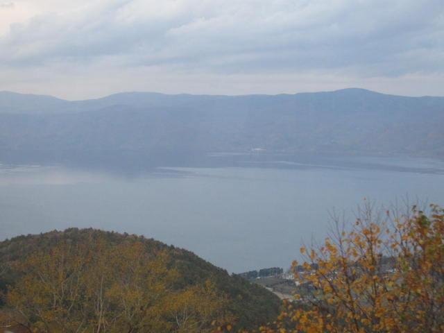 2・洞爺湖ロープウエイ山頂から湖.JPG